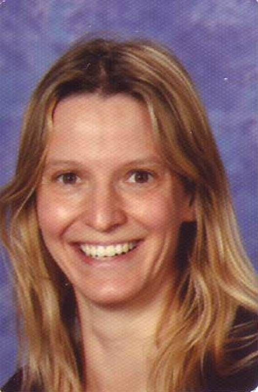 download Caroline 2003
